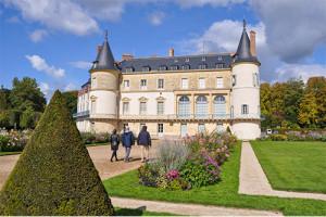 Le Château de Rambouillet, la Laiterie de la reine et la Chaumière aux coquillages
