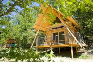 Camping *** Huttopia