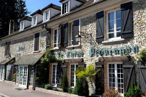 Hôtel Le Chêne Pendragon à Saint-Léger-en-Yvelines