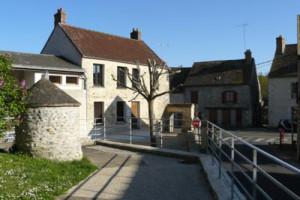 Bibliothèque municipale de Sainte-Mesme