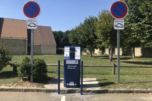 Borne à La Celle-les-Bordes