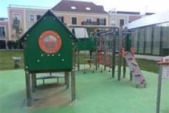 Aire de jeux - Les Essarts-le-Roi, Rue du petit pont