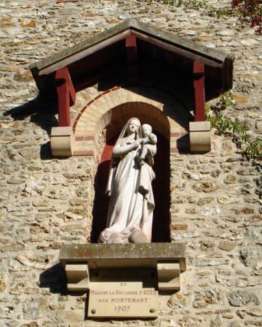 Sculpture de La Vierge à l'Enfant - Eglise Saint-Nicolas
